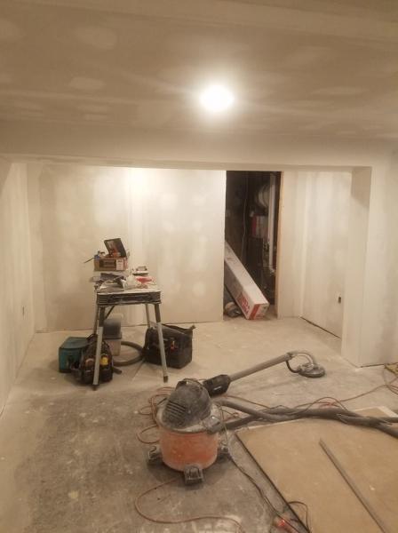 basement09
